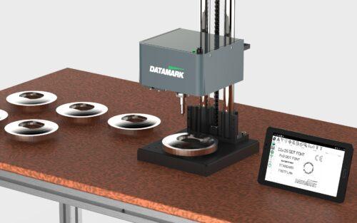 Máquinas de marcado de sobremesa para grabar piezas y placas